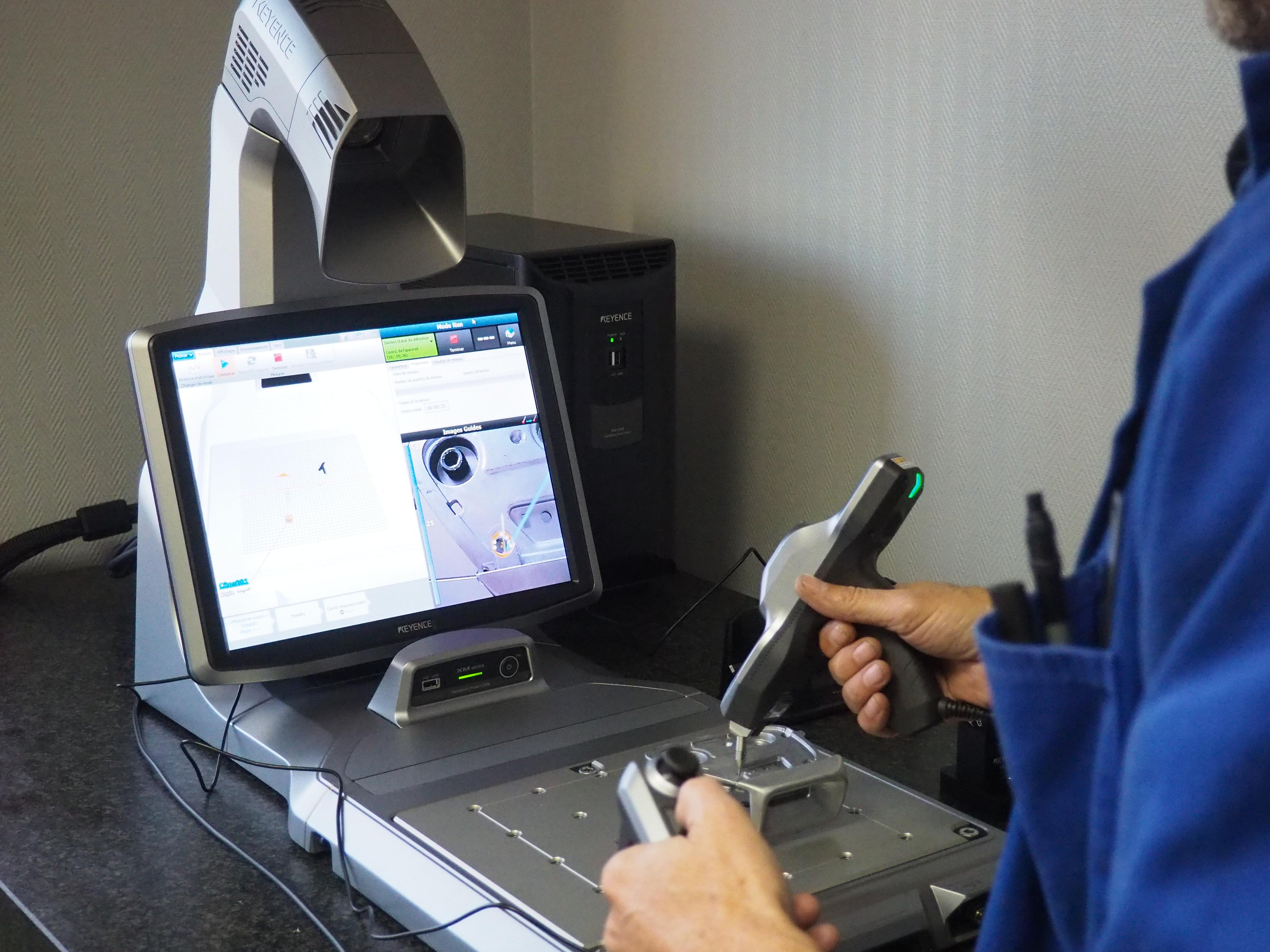 Machine de contrôle tridimensionnelle Keyence XM-1000 - EroDecoupe Industrie